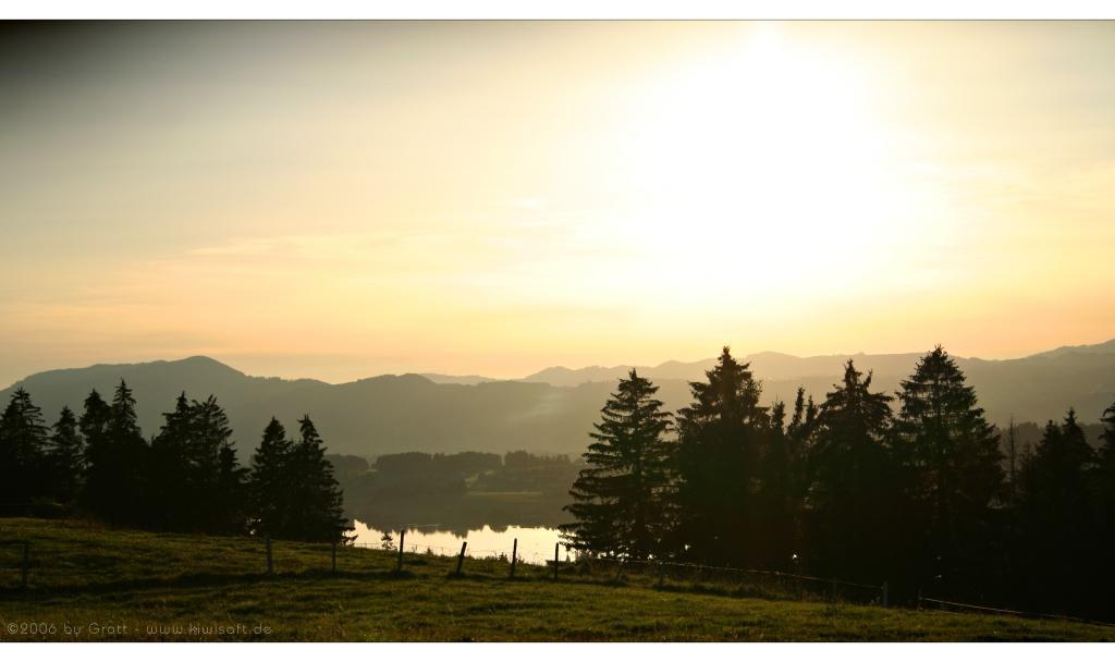 evening lake by Kiwisaft.de