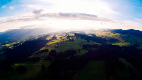 sunny hills 16540116 by Kiwisaft.de